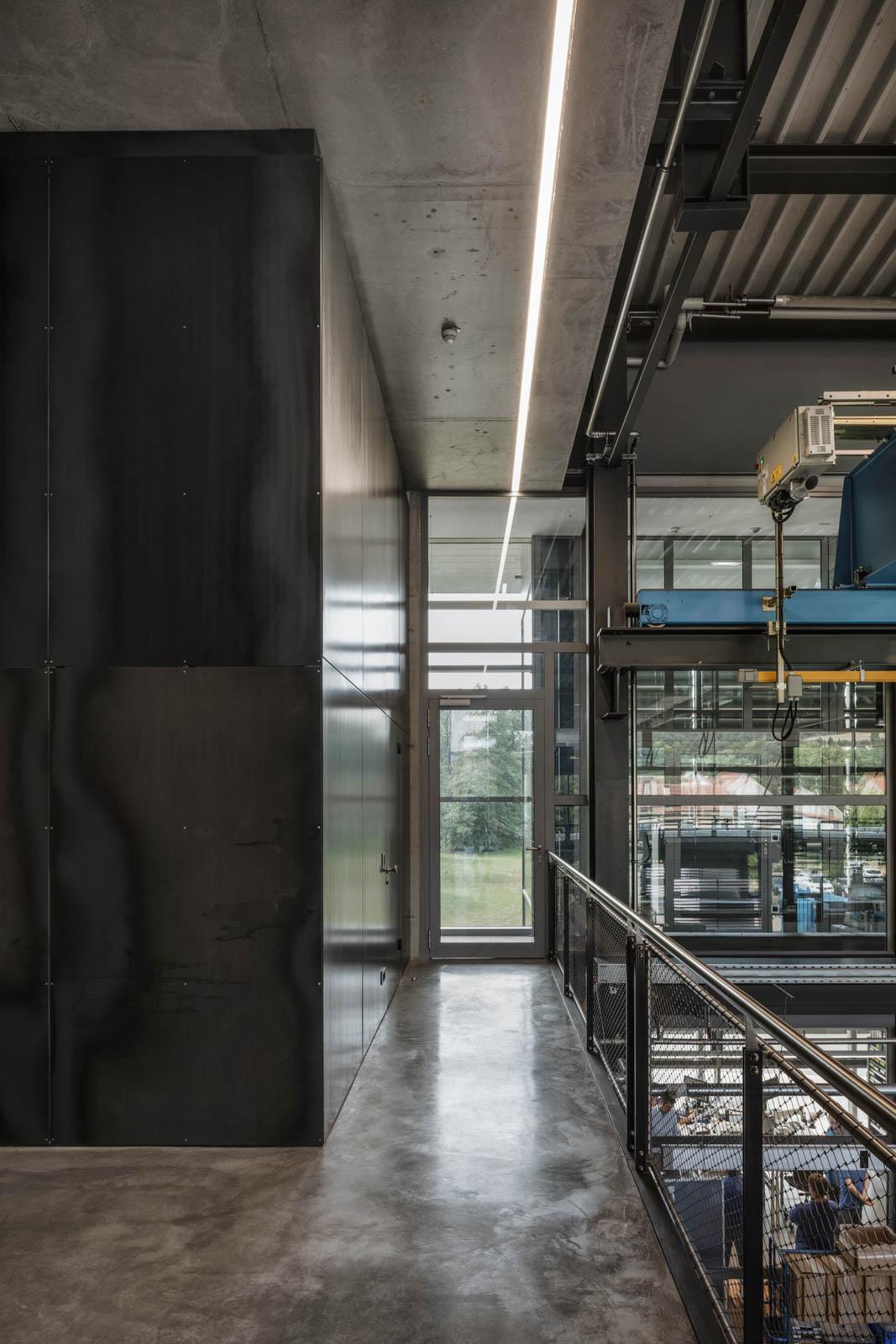Nickel und Wachter Architekten - Stettler Produktionshalle Innen
