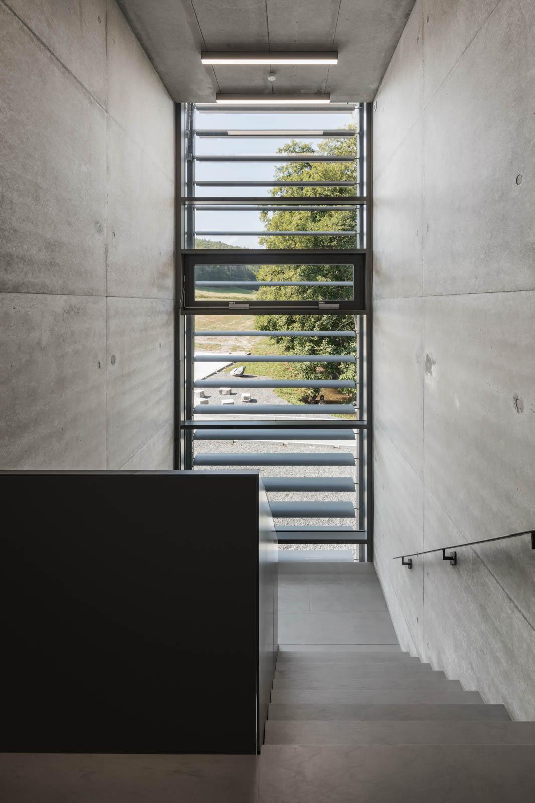 Nickel und Wachter Architekten - Stettler Treppenabgang
