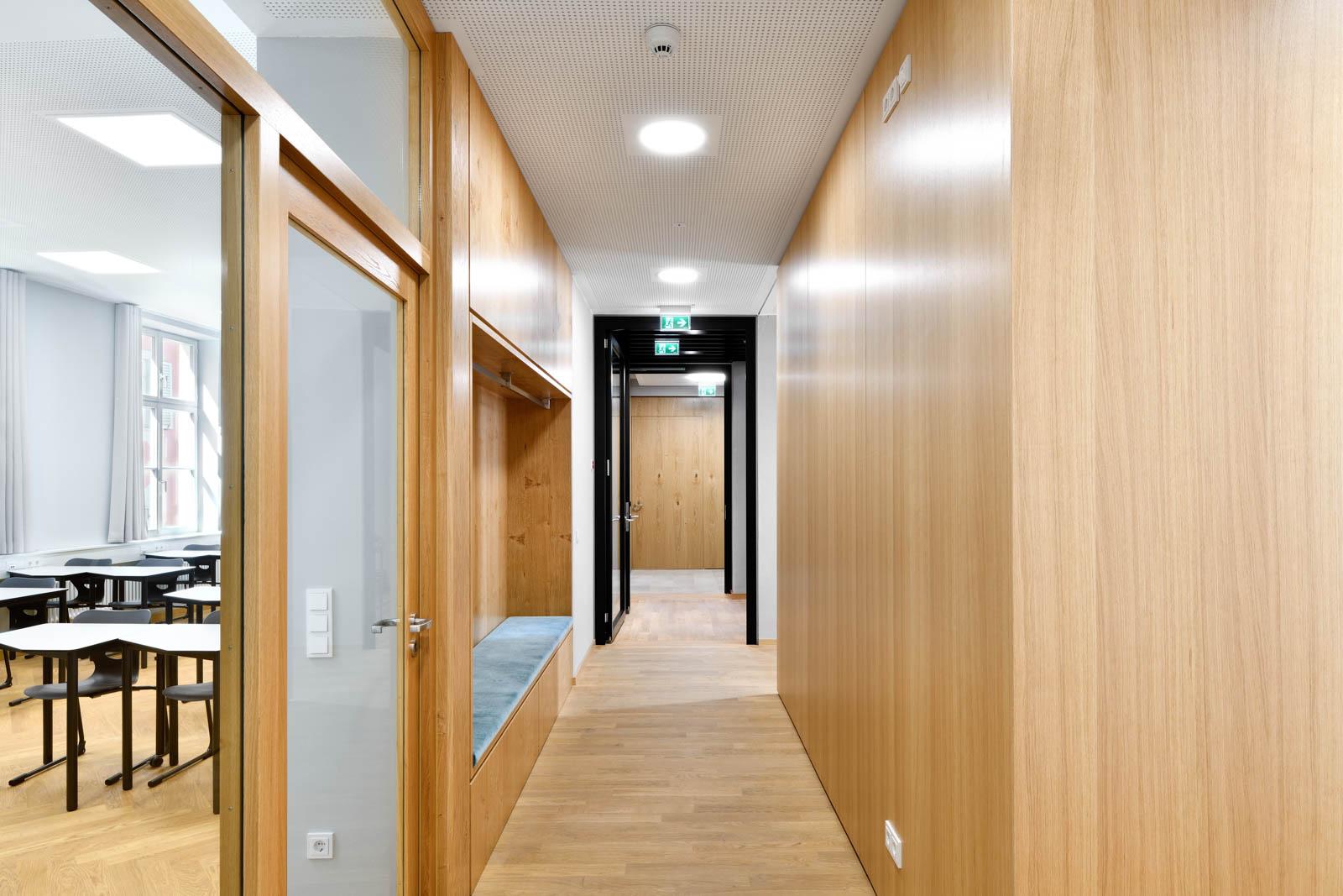 Nickel und Wachter Architekten - Sanierung Mariahilf Bamberg Einbaumöbel