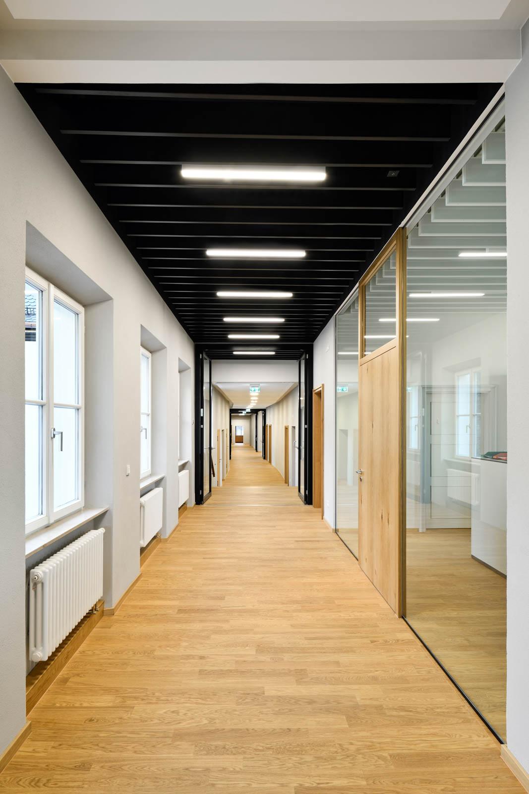 Nickel und Wachter Architekten - Sanierung Mariahilf Bamberg Sekretariat