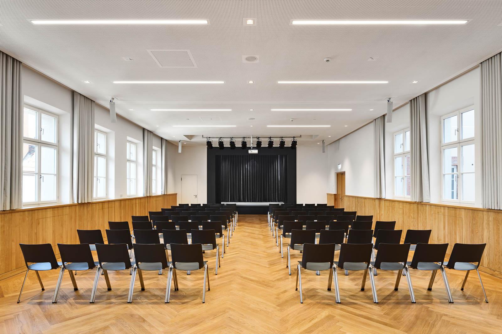 Nickel und Wachter Architekten - Sanierung Mariahilf Bamberg Musiksaal